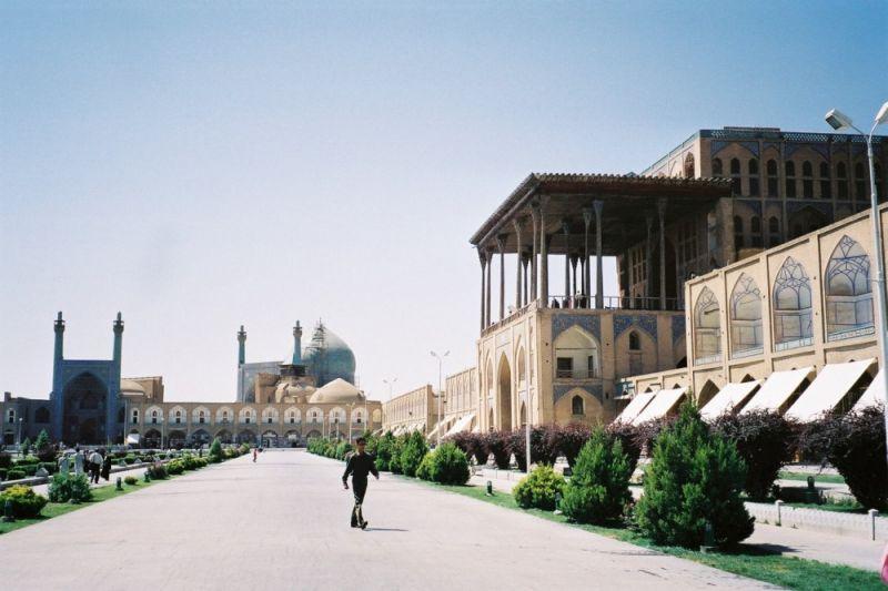 Иран – между Изтока и Запада снимка 2