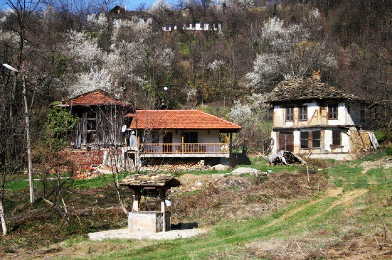 Екскурзия до Троянски манастир и Орешака снимка 3