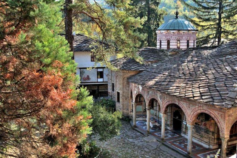 Екскурзия до Троянски манастир и Орешака снимка 4