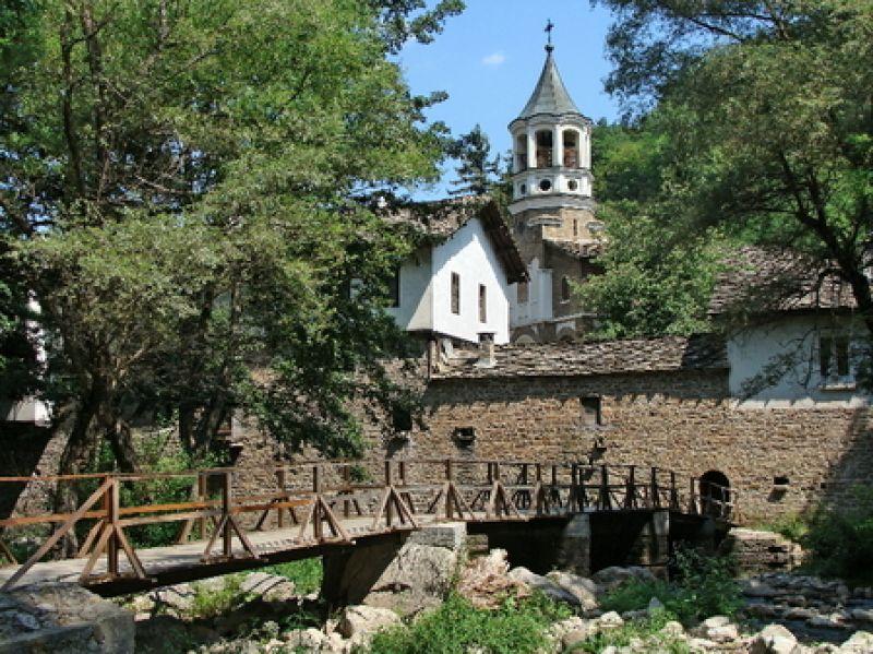 Екскурзия до Троянски манастир и Орешака снимка 6
