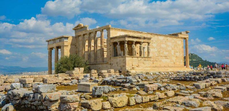 Уикенд в Атина – самолетна програма с обслужване на български език! снимка 2