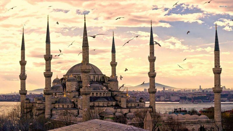 """Истанбул - """"Църквата на първия ден от месеца""""  със """"сребърни"""" и """"златни"""" ключета снимка 8"""