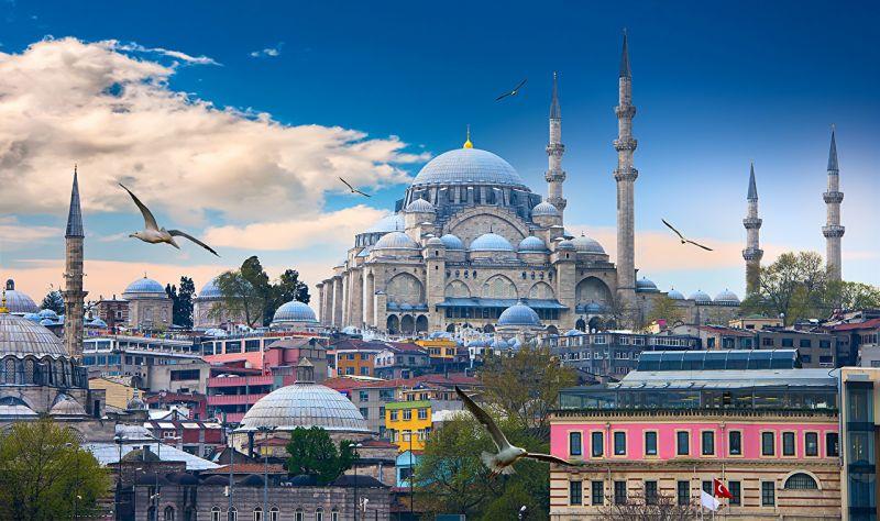 """Истанбул - """"Църквата на първия ден от месеца""""  със """"сребърни"""" и """"златни"""" ключета снимка 2"""