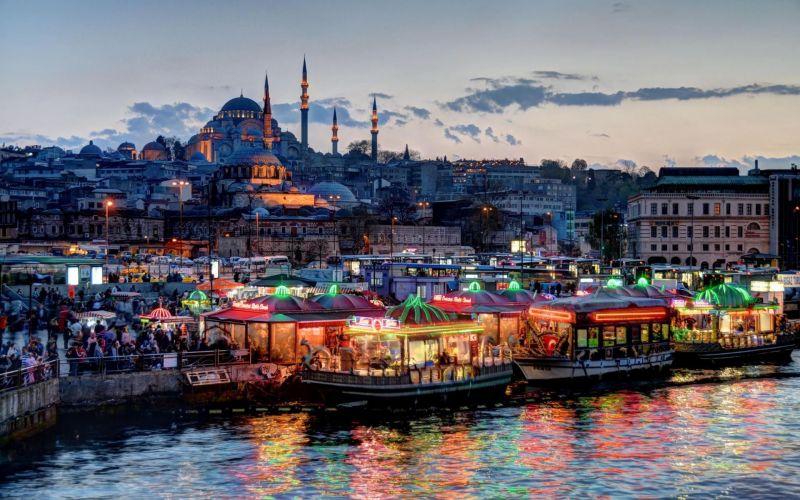 Фестивалът на лалето в Истанбул и Желязната църква снимка 6