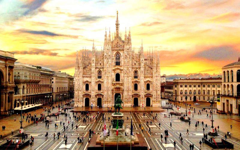 Милано – столицата на модата, самолетна програма с обслужване на български език! снимка 2