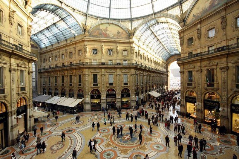 Милано – столицата на модата, самолетна програма с обслужване на български език! снимка 5
