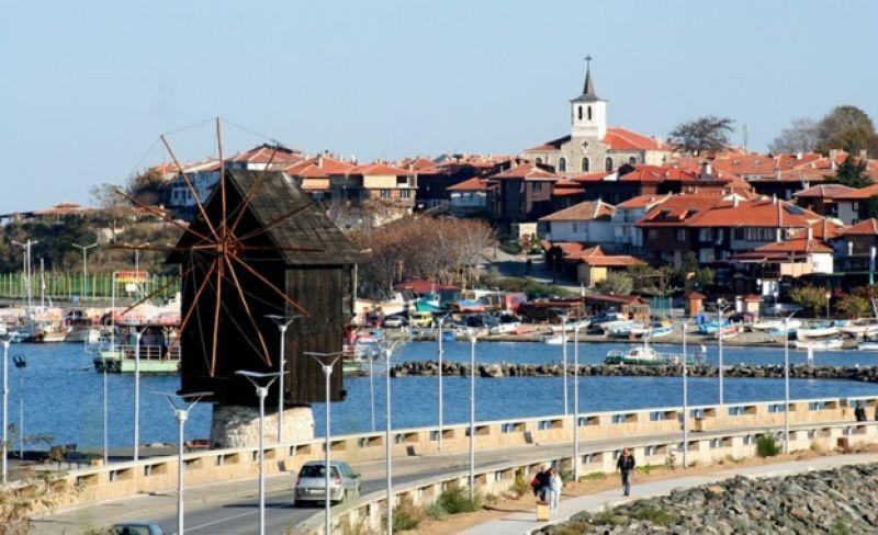 Приказният Несебър - стария град снимка 6