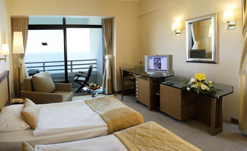 Нова година 2020г. - Korumar Deluxe Hotel 5* - собствен транспорт снимка 5