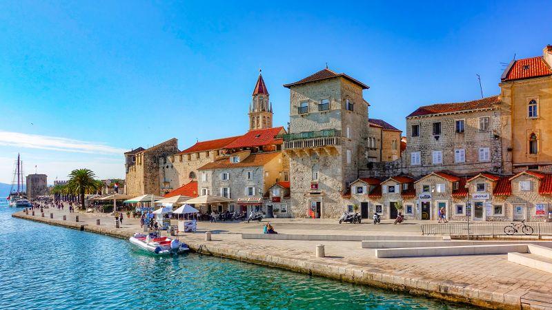Хърватска приказка - Загреб - Плитвички езера - Трогир - Сплит - Дубровник снимка 3