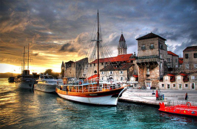 Хърватска приказка - Загреб - Плитвички езера - Трогир - Сплит - Дубровник снимка 4