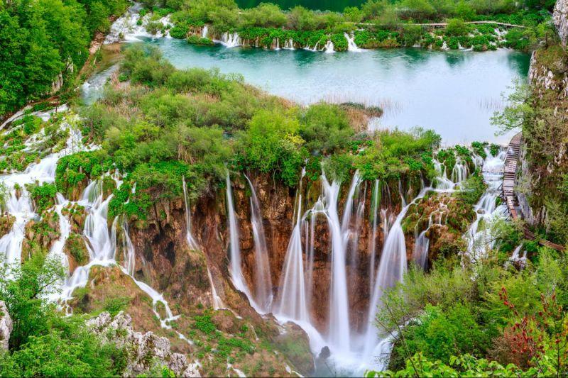 Хърватска приказка - Загреб - Плитвички езера - Трогир - Сплит - Дубровник снимка 5