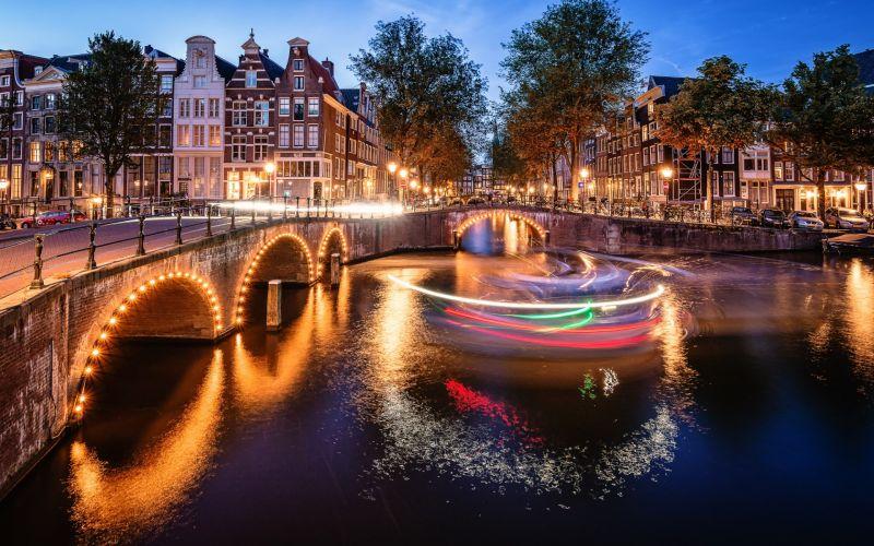 Амстердам - в страната на лалетата снимка 5