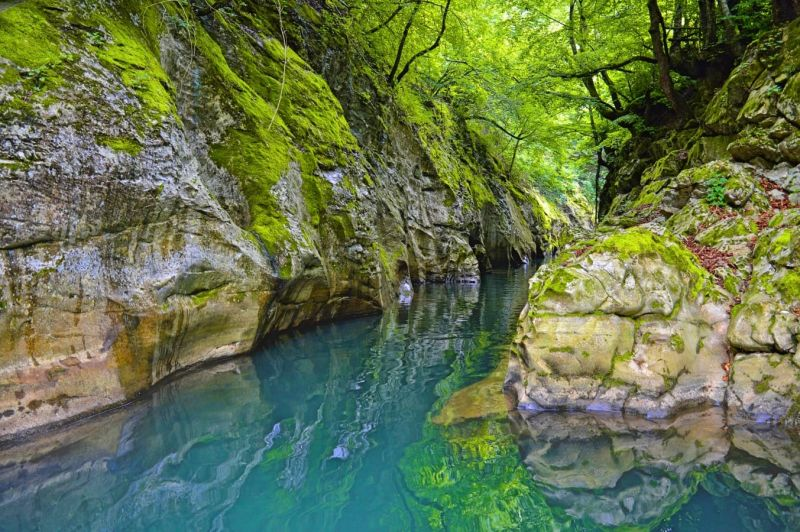 Екскурзия до Каньонът на река Арда, Шейтана и Българският Стоунхендж снимка 1