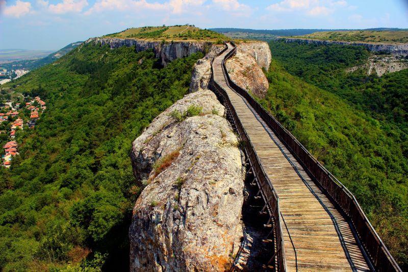 Крепост Овеч, Вълшебния Извор, Побитите камъни, Исторически комплекс-Неолитно селище Неофит Рилски снимка 2