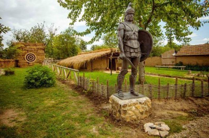 Крепост Овеч, Вълшебния Извор, Побитите камъни, Исторически комплекс-Неолитно селище Неофит Рилски снимка 8