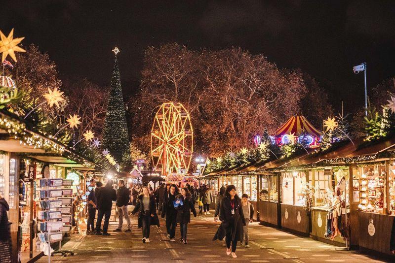 Коледна магия в Букурещ снимка 1