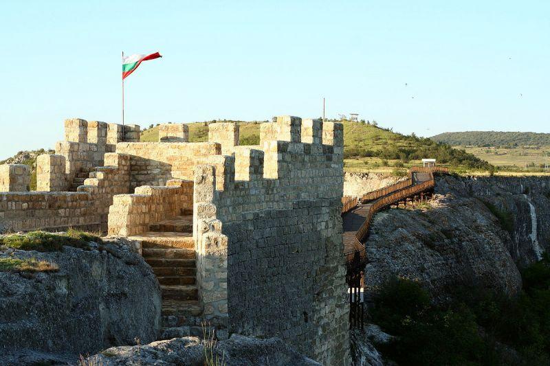 Исторически комплекс Варна, Побитите камъни, Крепост Овеч снимка 3