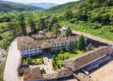 Екскурзия до Троянски манастир и Орешака