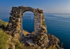 "Варна – Евксиноград –манастир ""Аладжа""                    Златни пясъци – Текето-Балчик – нос Калиакра"
