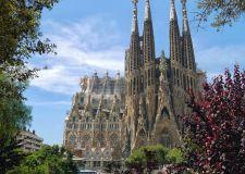 Първа пролет в Барселона - със самолет и обслужване на български език!